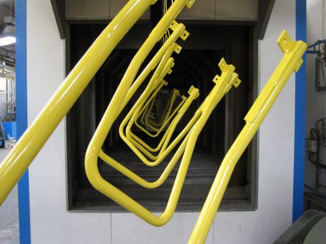 Cabine de peinture liquide de grande dimension