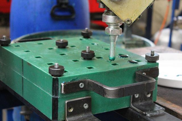 équipement pour fabrication de pièce en polyuréthane