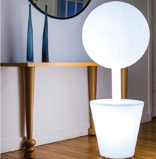 Lampe design rotomoulée